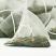 Piramida ceai verde de capsuni de vara cu papaya